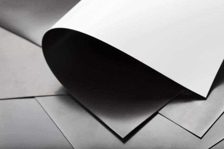 Magnetic Film PLAIN